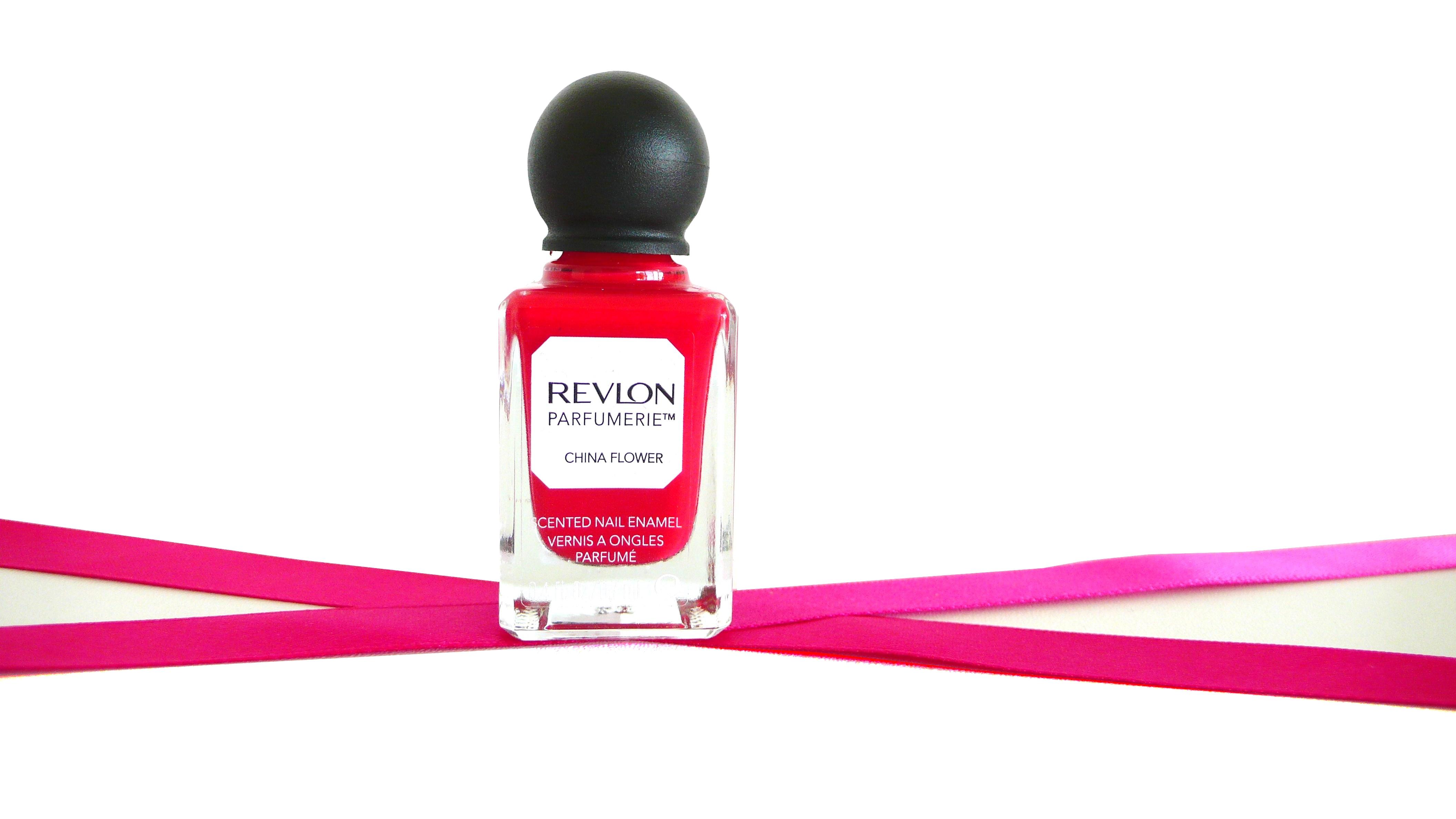 indispensables-makeup-vernis-ongles-parfume-revlon-china-flower
