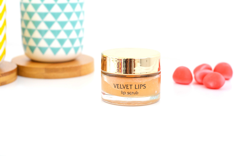 favoris-beaute-2015-velvet-lips-gommage-kiko