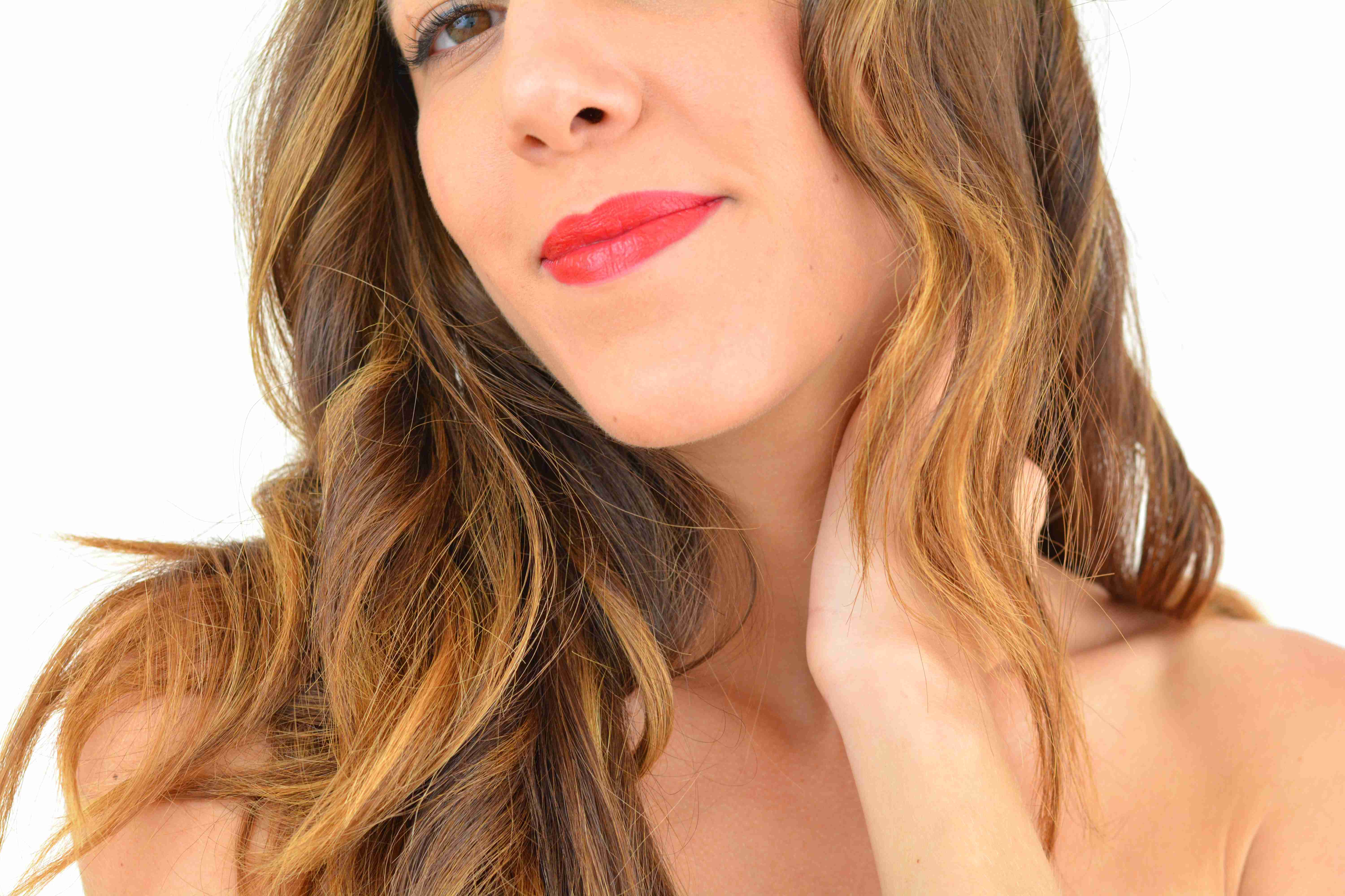 look-glamour-simple-rapide-nouvel-an-fetes-31-decembre-make-up-for-ever-rouge-levres-red