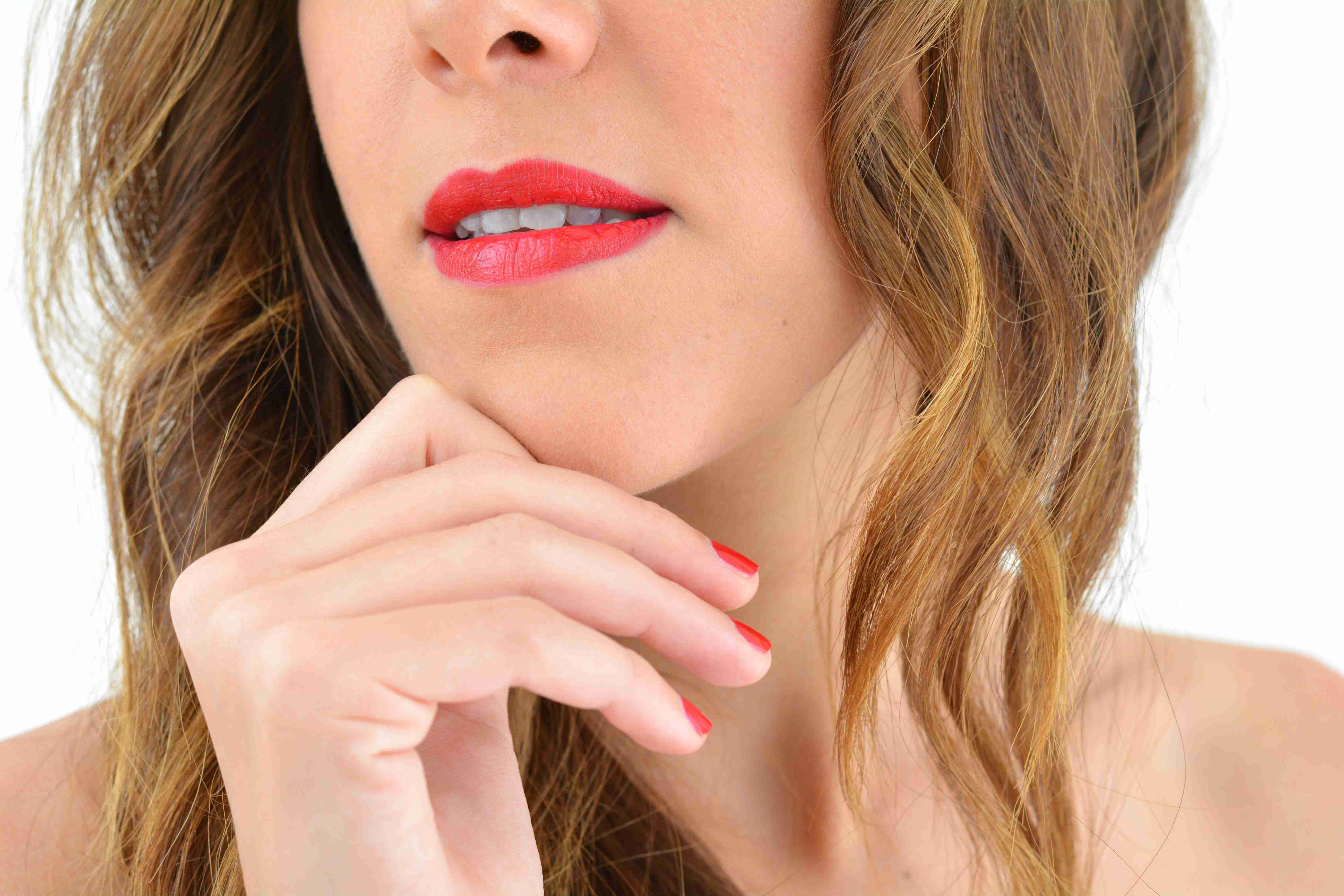 look-glamour-simple-rapide-nouvel-an-fetes-31-decembre-red-lips-make-up-for-ever
